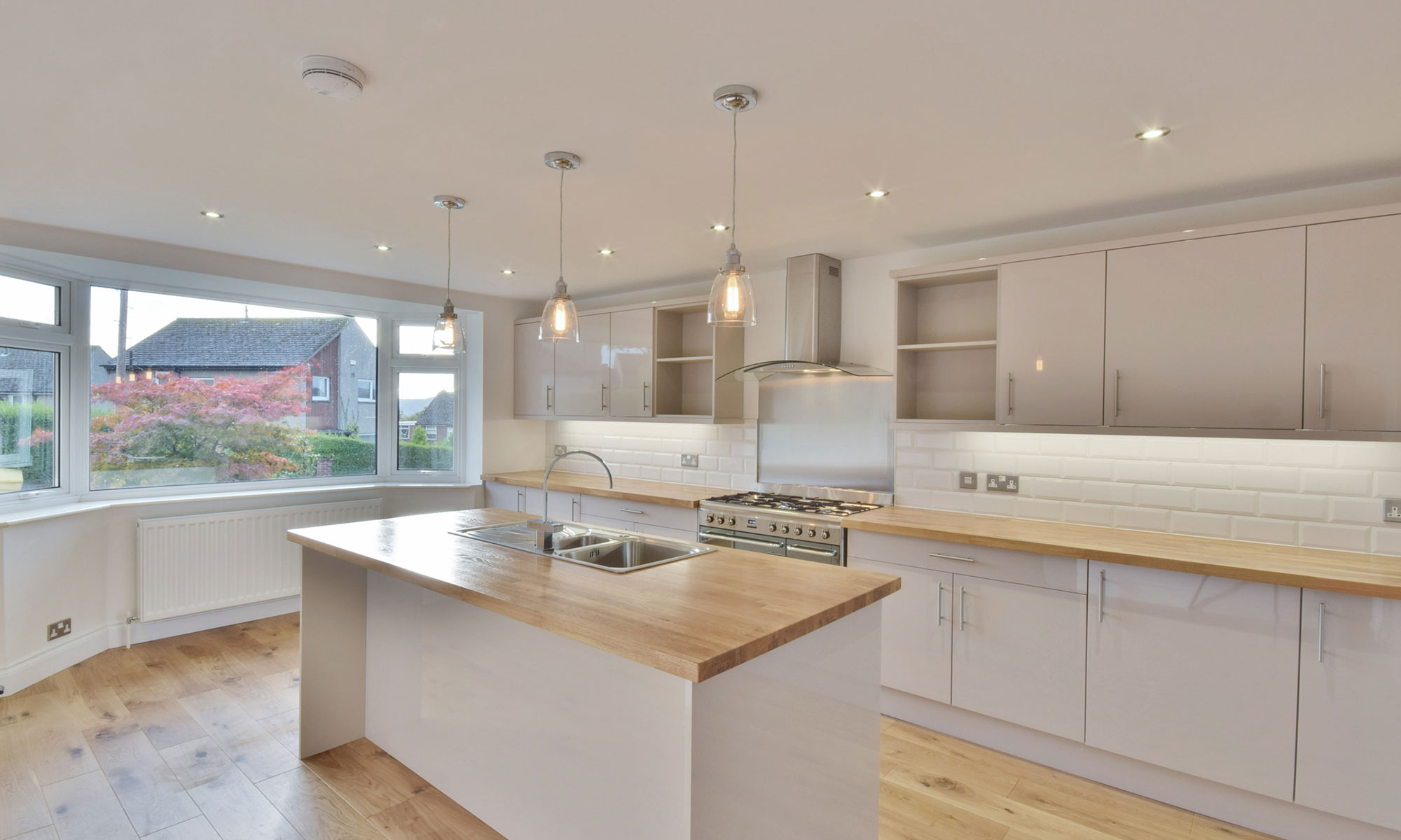 OAKWOOD BUNGALOW EXTENSION KITCHEN