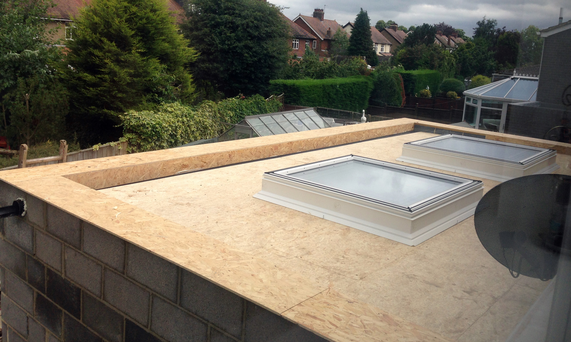 ROWAN DRIVE TIMBER CLAD FLAT ROOF EXTENSION